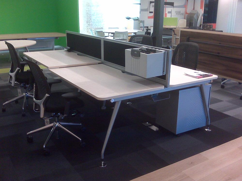 Vega Office Desk
